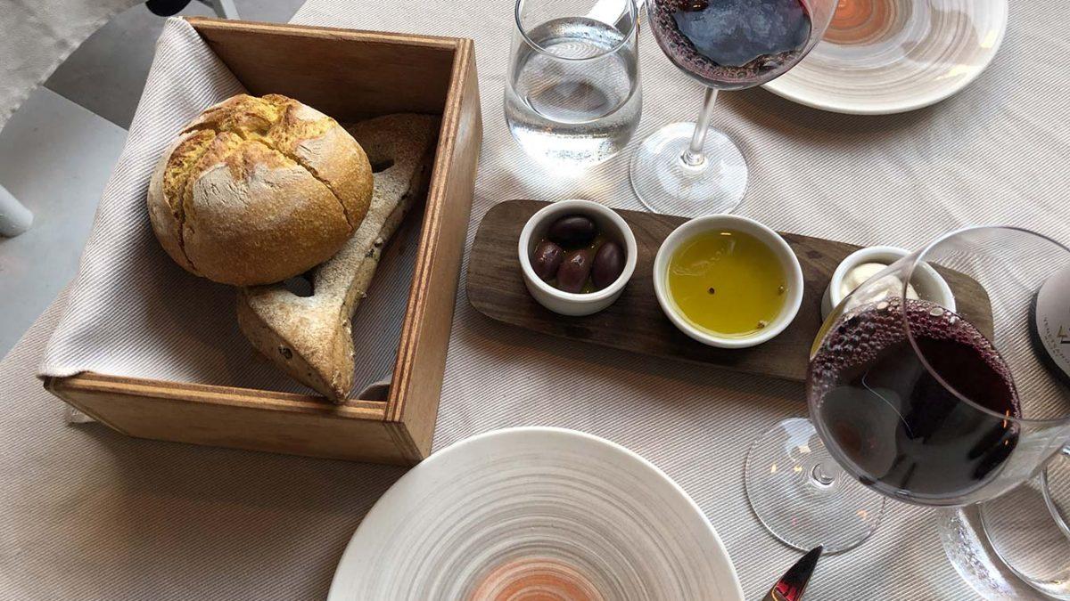 A gastronomia de Santorini, uma experiência dos deuses