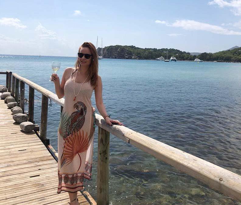 A magia de Ibiza nas praias e na gastronomia